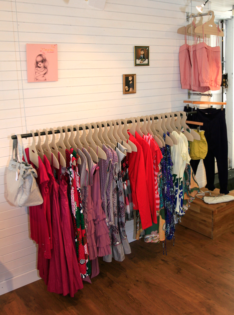 girl-shop-anglet